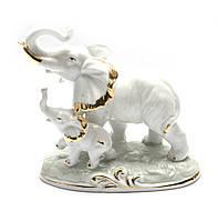 Фигурка Слоны фарфор