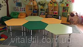 Стол обеденный детский шестигранный регулируемый по высоте (1020*900)