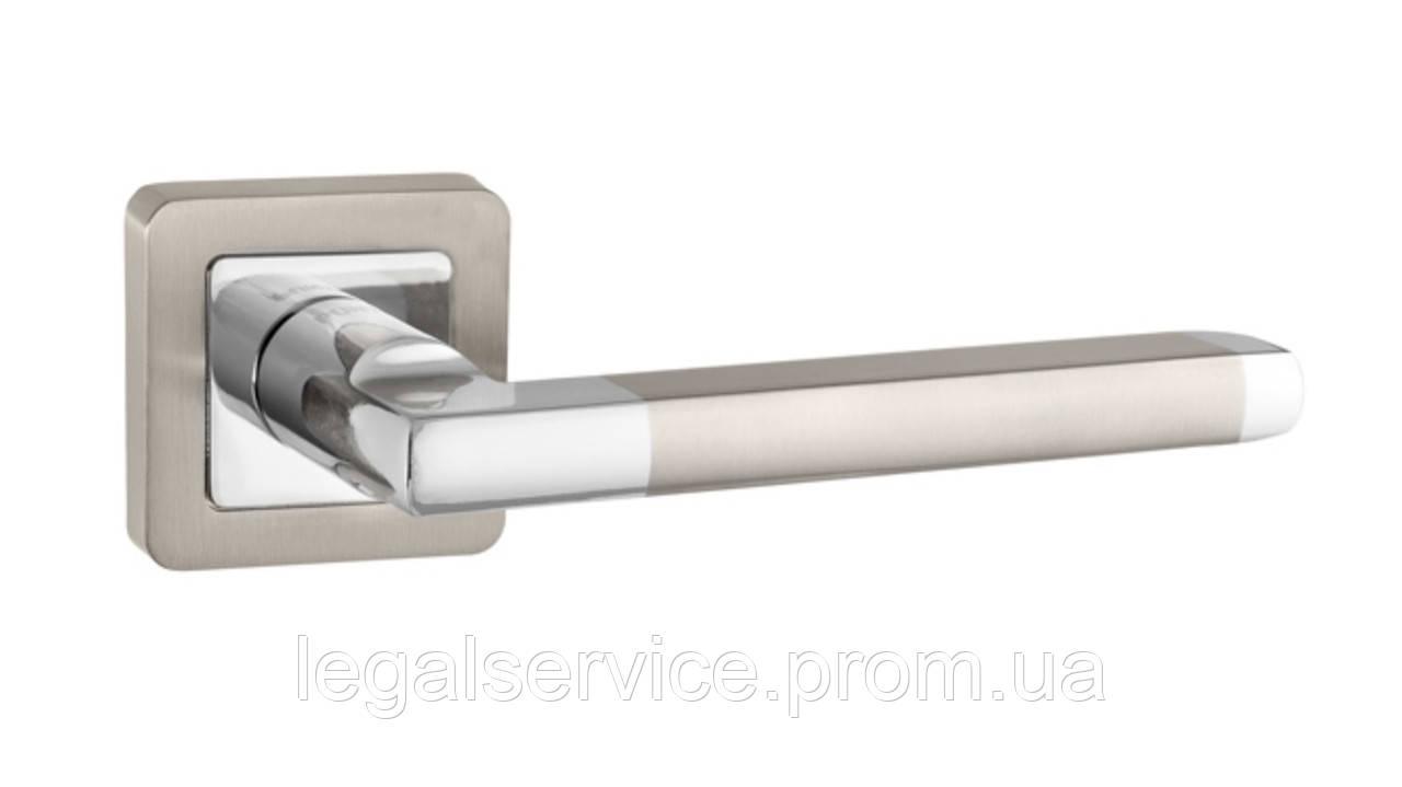Дверная ручка на квадрате ТМ Пунто