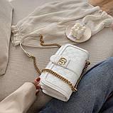 Женская классическая сумка кросс-боди на цепочке белая, фото 6