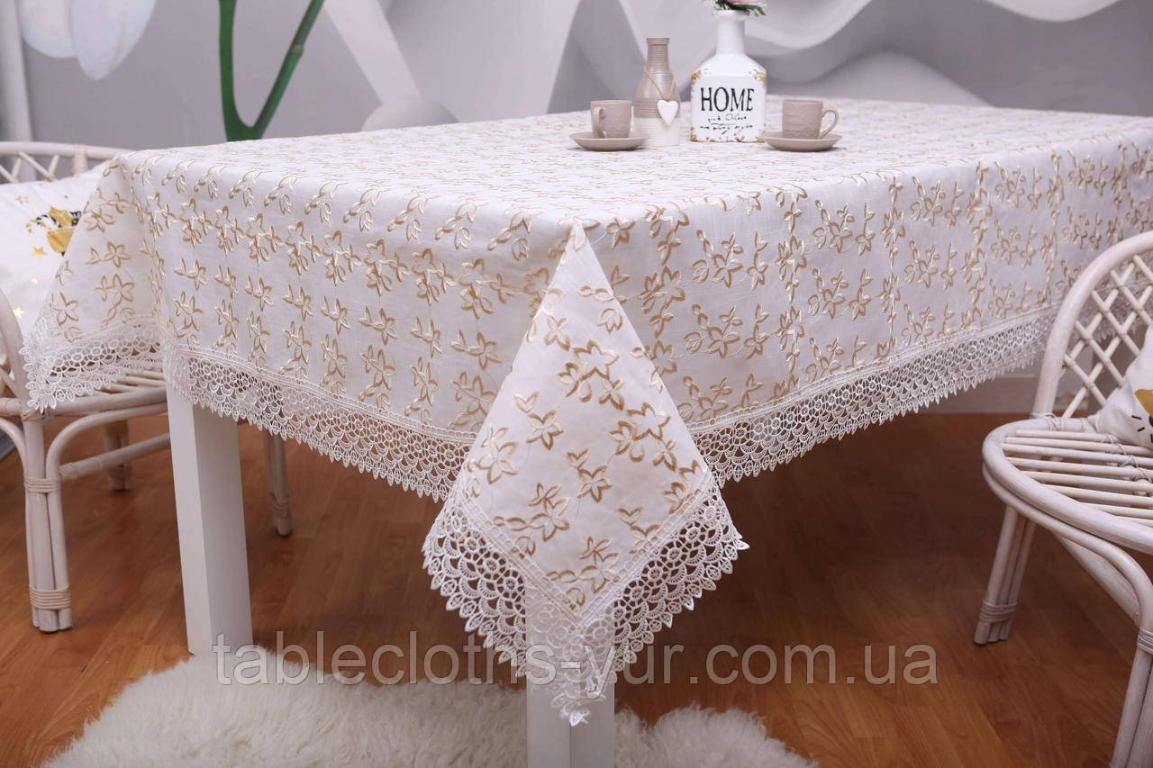 Скатерть Праздничная Лен 150-220 Белая с золотистыми цветками