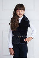 Модная жилетка из искусственного меха на девочку