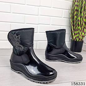 Жіночі демісезонні Чоботи, чорного кольору з литої гуми й текстилю, на липучках, всередині легкий утеплювач
