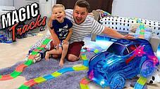 Детская гибкая игрушечная Дорога Magic Tracks 360 Mega Set | Светящаяся дорога с двумя машинками и мостом, фото 3