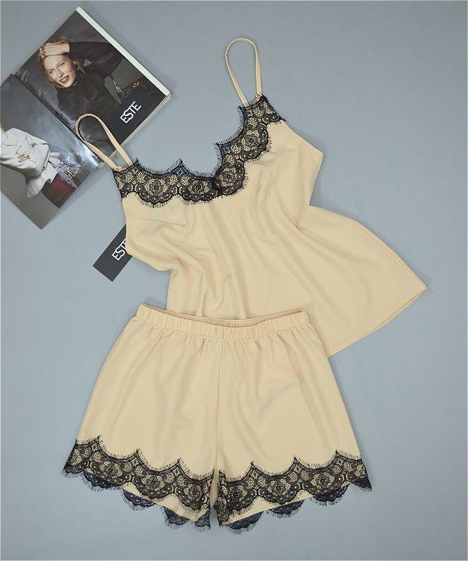 Пижамы женские комплект майка и шорты с кружевом.
