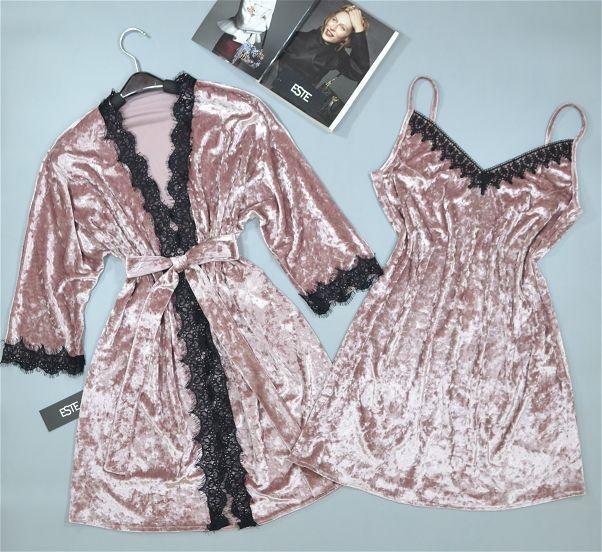 Комплект халат и пижама с кружевом. Велюровая одежда для сна и отдыха.