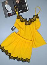Желтая пижама женская с кружевом. Комплект майка и шорты.