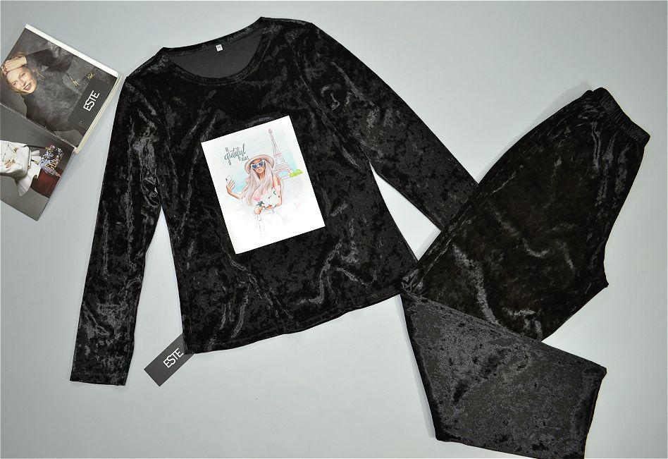 Пижама женская теплая велюровая . Кофта и штаны с рисунком.