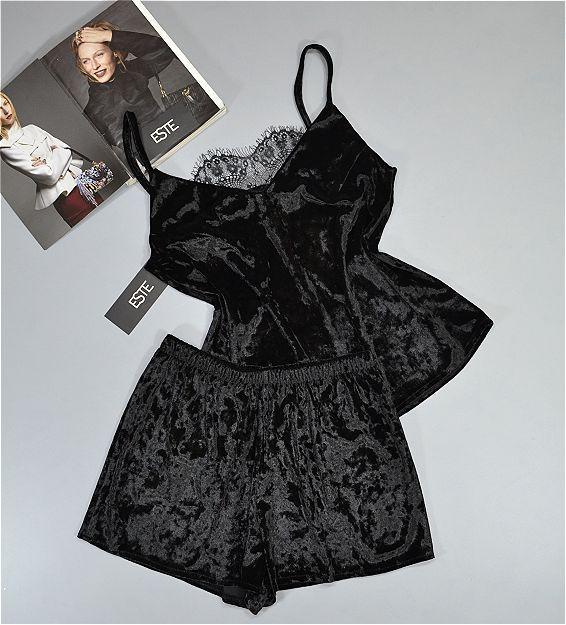 Пижама женская велюровая майка и шорты черная.