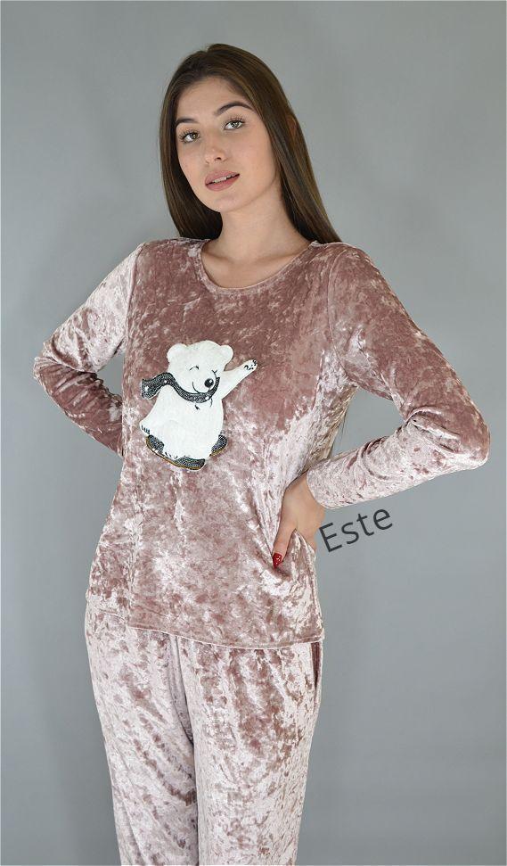 Пижамный комплект из мраморного велюра штаны и лонгслив.