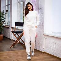 Свитшот женский модный стильный белый
