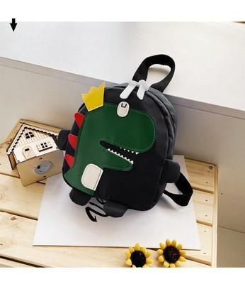 Детский рюкзак черный с динозавром