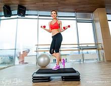 Одяг для фітнесу, йоги та аеробіки