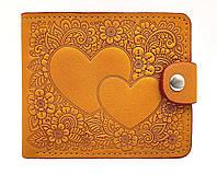 Элегантное портмоне-кошелек с отделением для фото тиснение Два Сердца желтый, фото 1