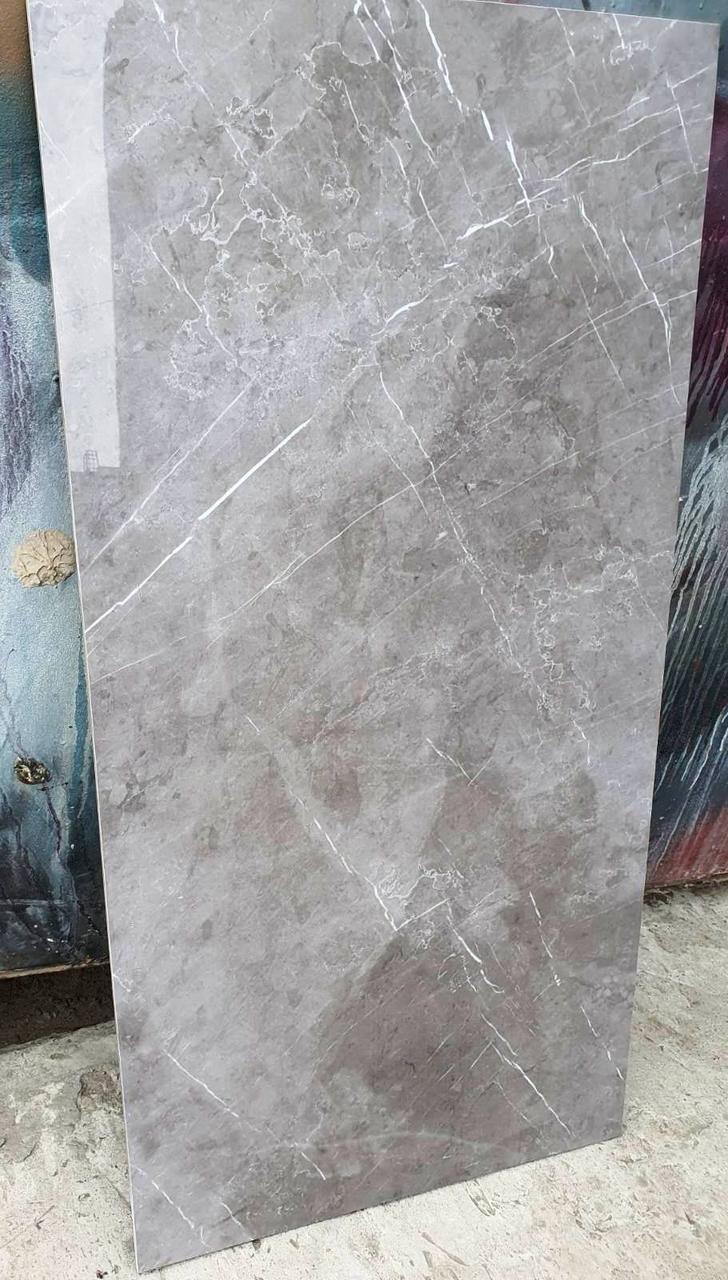 Керамогранитная плитка Marmolino Grey, нескользкий керамогранит напольный под итальянский мрамор Бьянко