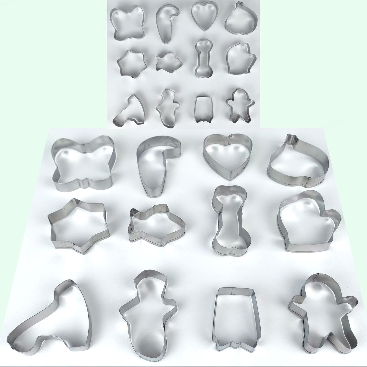 Формы для печенья из 12-ти штук на кольце ( 6 см - 9 см ) средняя