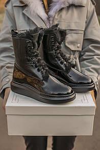 Жіночі зимові черевики Alexander McQueen black white FUR 39