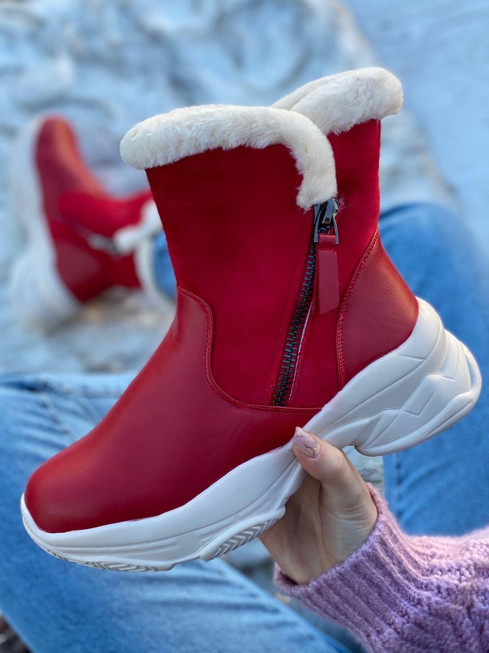 Ботинки женские зимние 6 пар в ящике красного цвета 36-40