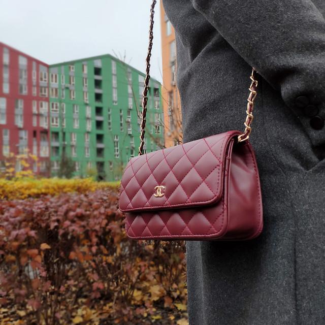 Бордовая маленькая сумочка клатч
