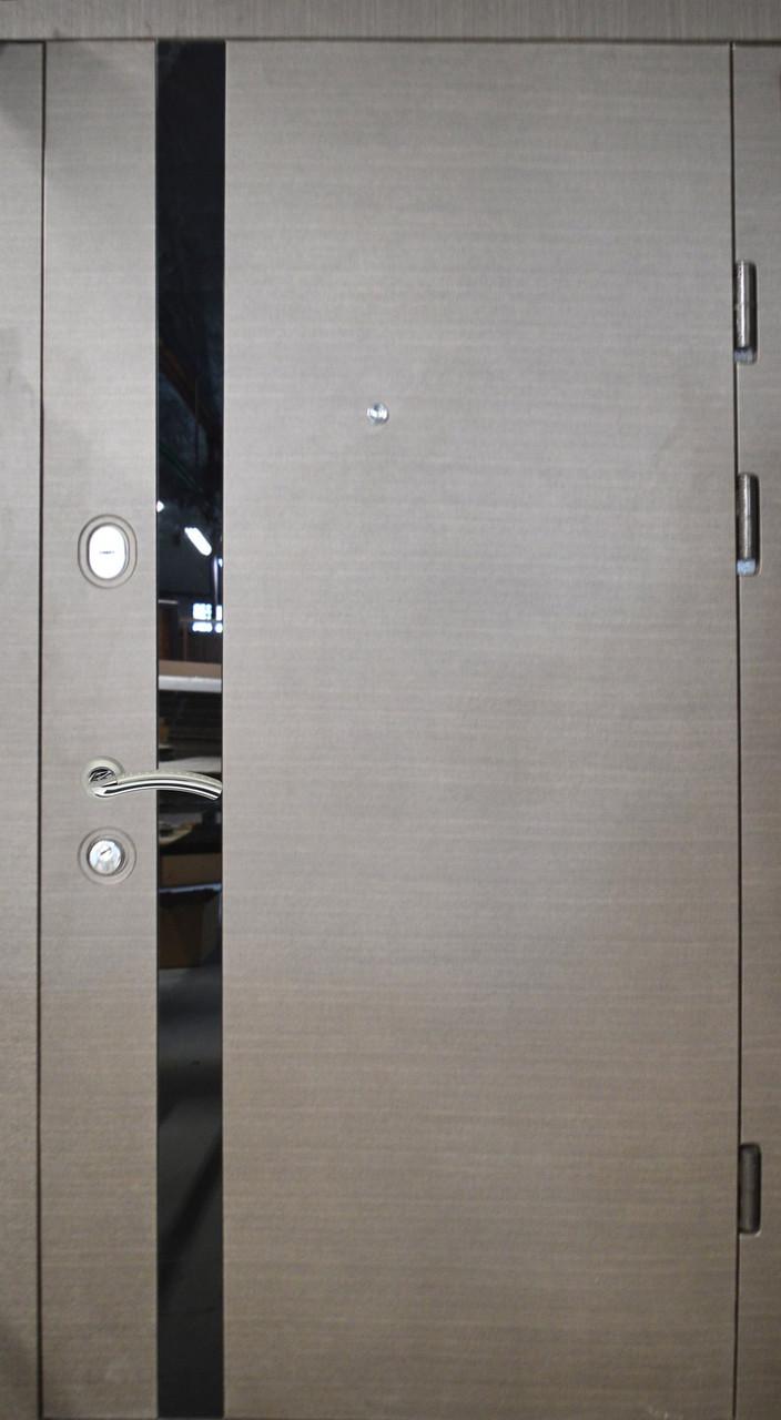 """Двері вхідні """"Prestige"""" Лакобель 20-34"""