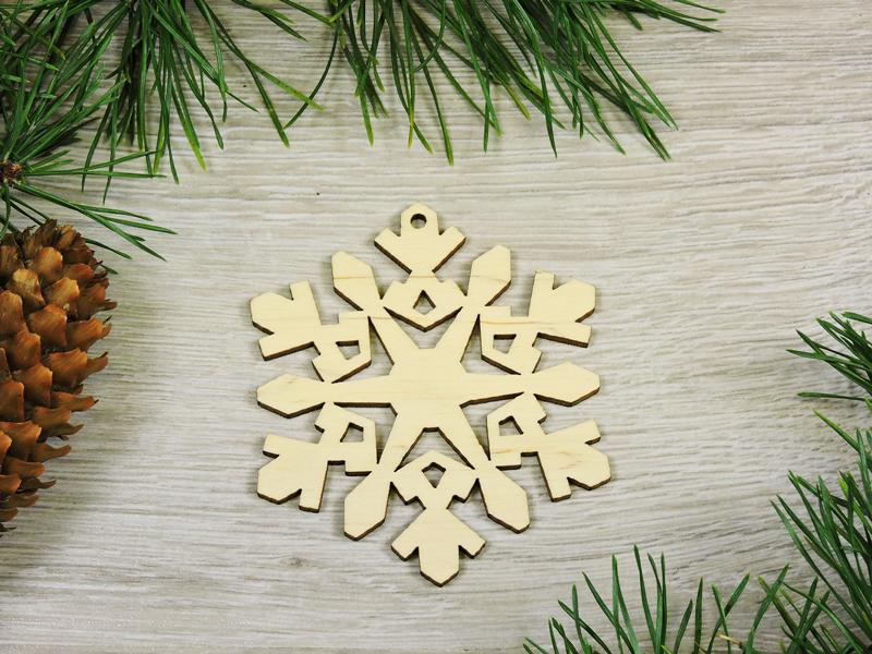 """Дерев'яні еко іграшки на ялинку """"Сніжинка"""" (форма №42)"""