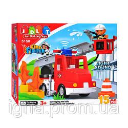 Конструктор JDLT 5150 (24шт) Пожарная машина, 15 дет, звук, свет, в кор-ке, 32-29-9см