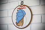 Вышитая картина в пяльцах с корабликом, фото 5