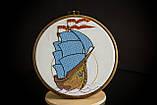 Вышитая картина в пяльцах с корабликом, фото 4
