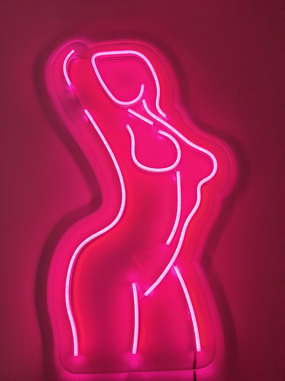 Неоновый логотип GIRL 60х30см