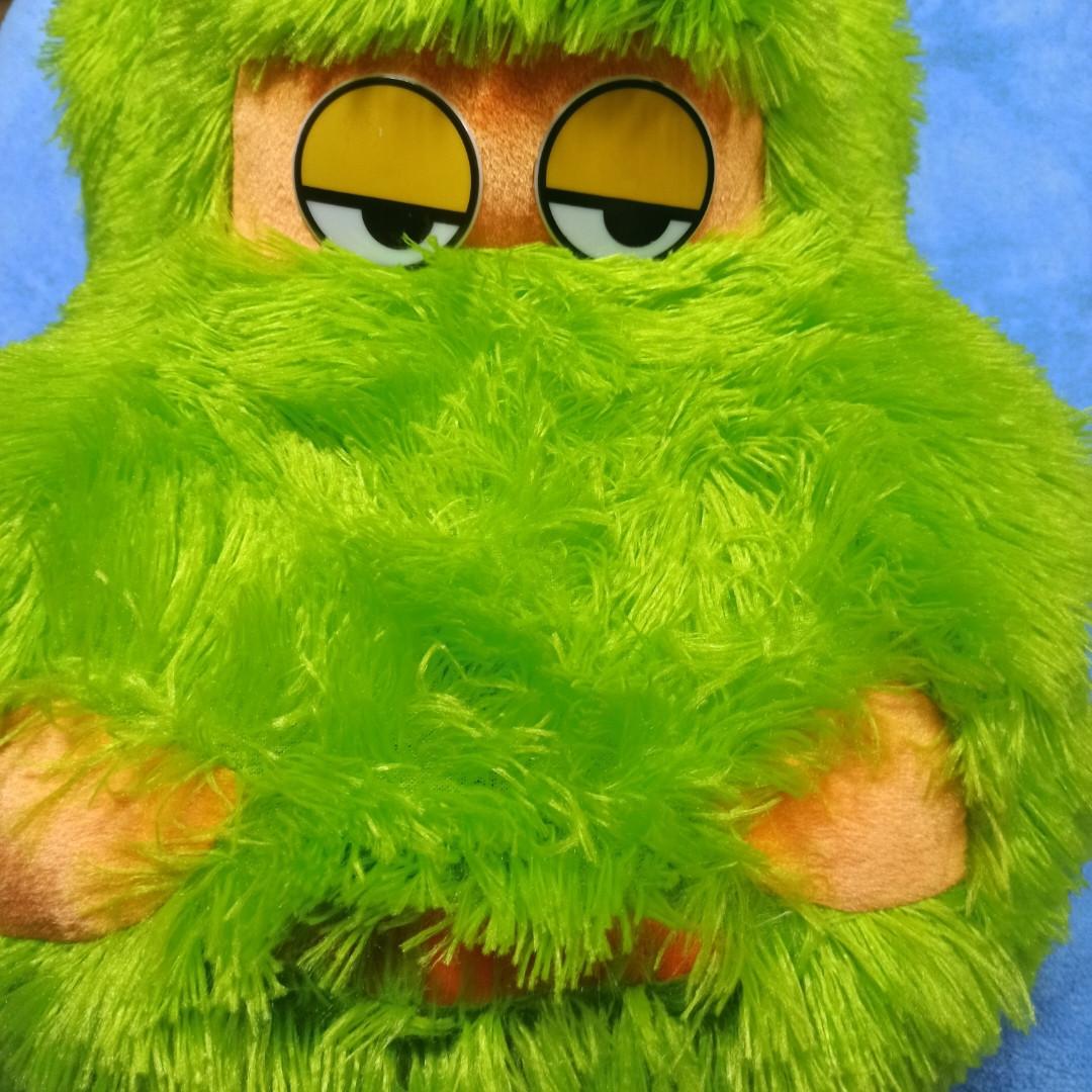Подушка - игрушка для детей. Цвет-зеленый. Прикольный подарок на праздник.