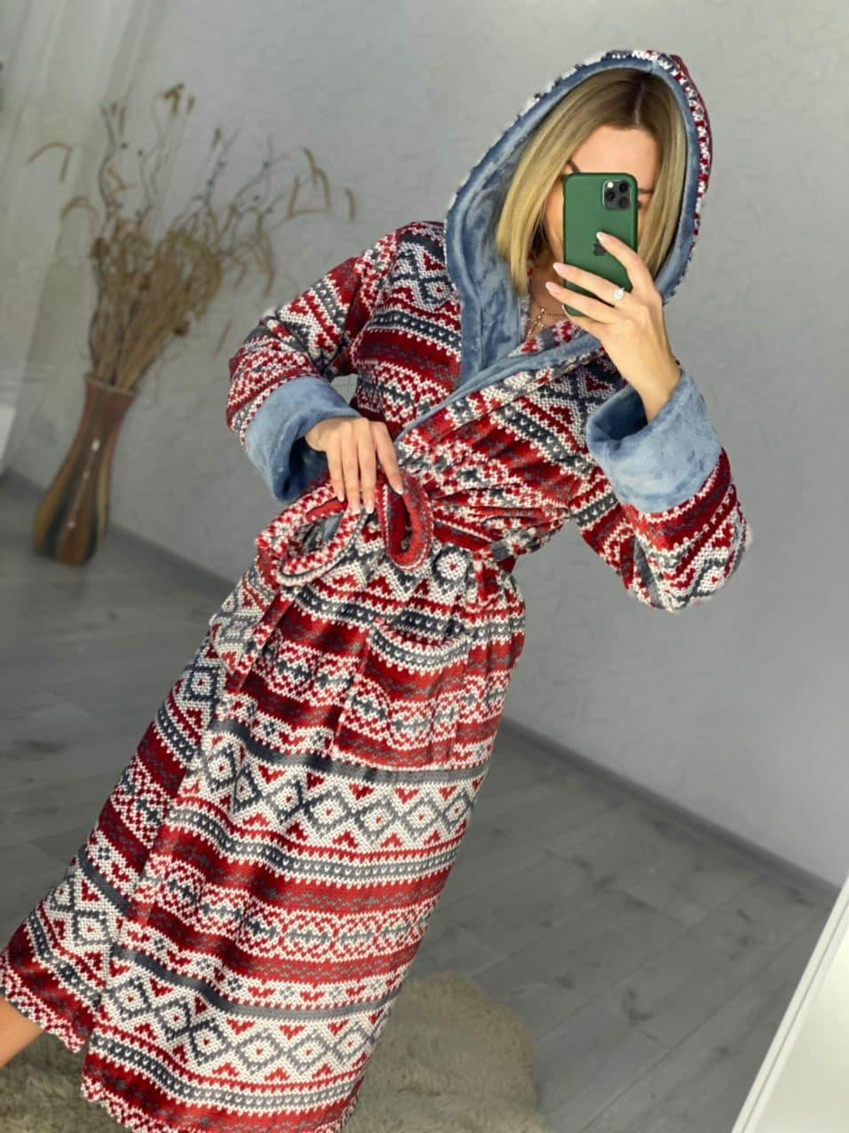 Женский длинный махровый домашний халат к капюшоном и поясом