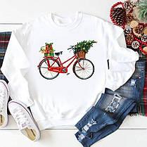 Белый свитшот с крутыми новогодними принтами, фото 2