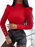 Женский трикотажный гольф водолазка под горло черный красный бежевый облегающий с рюшиками 42-46, фото 3