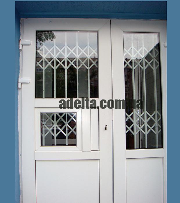 Решетки раздвижные на окна Шир.1800*Выс2200мм для аптек