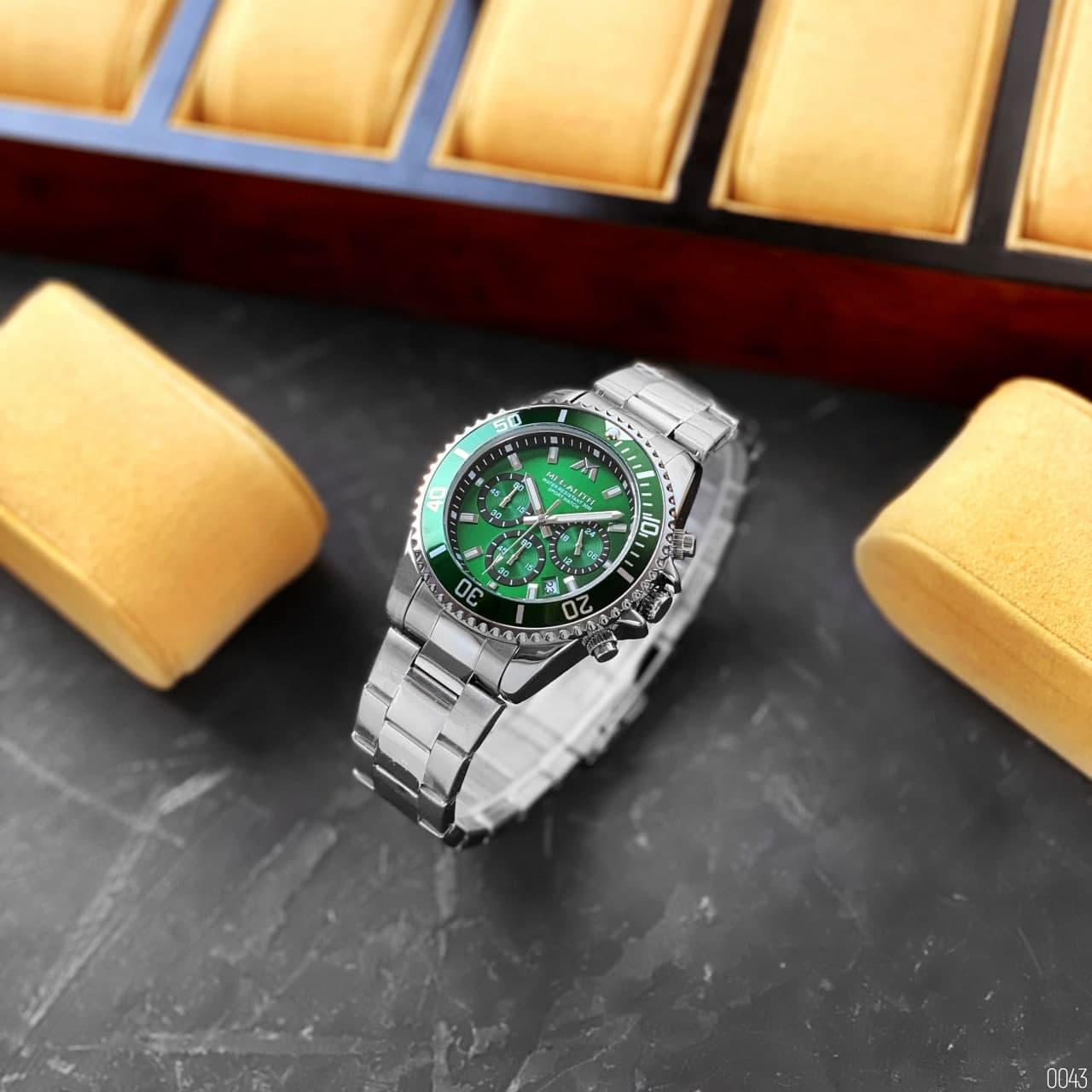 Megalith 8046M (Silver-Green)