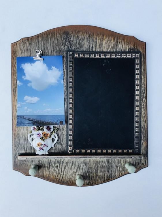 Ключница настенная с доской для заметок и зажимом под фото Коричневый (Kaj123628)