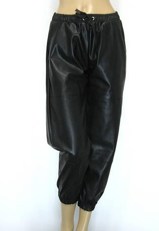 Жіночі шкіряні штани на резинці, фото 2