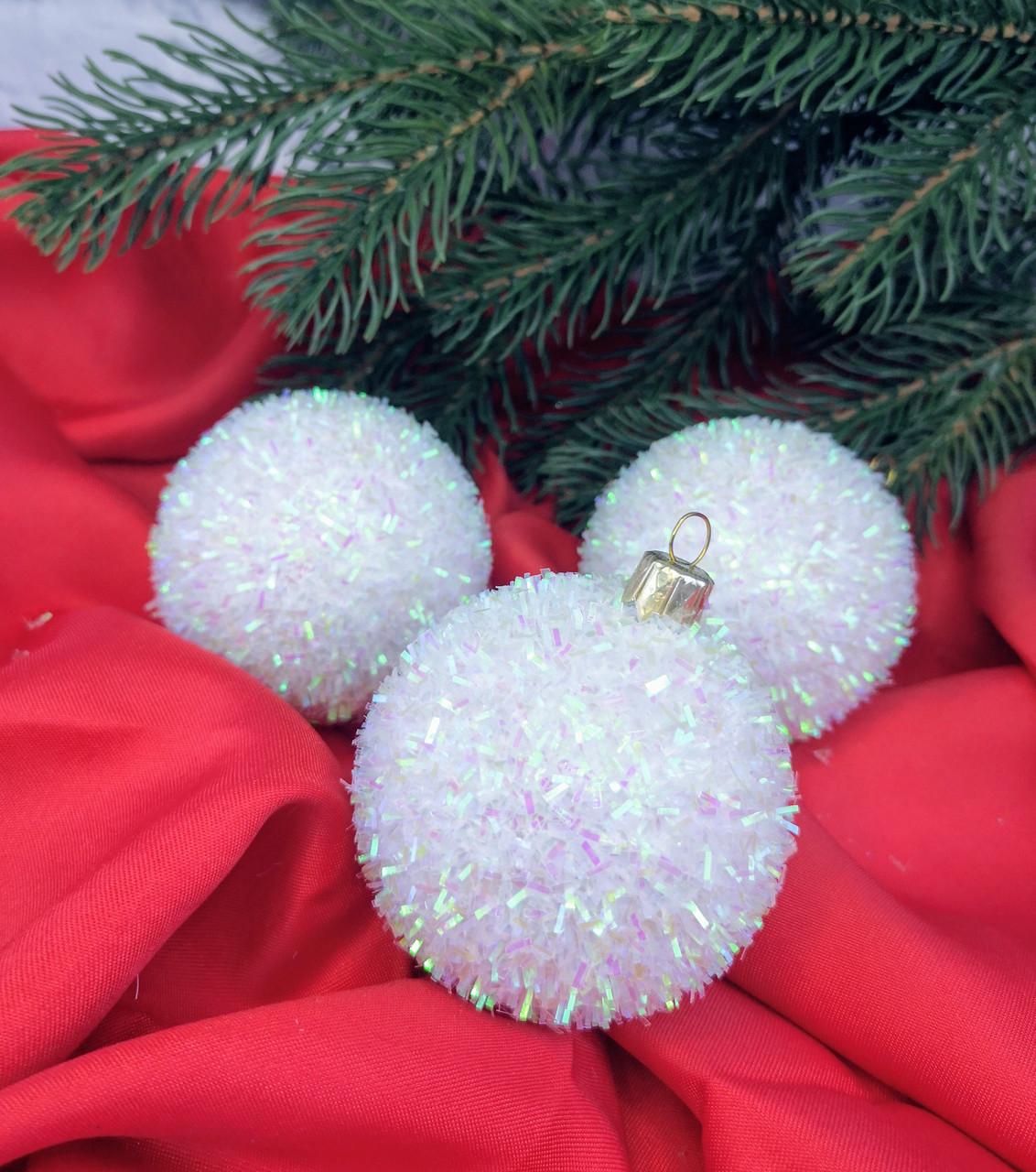 Новогодняя игрушка Шар Ежик белый 6 см ЦЕНА ЗА 1 ШТ. 109403