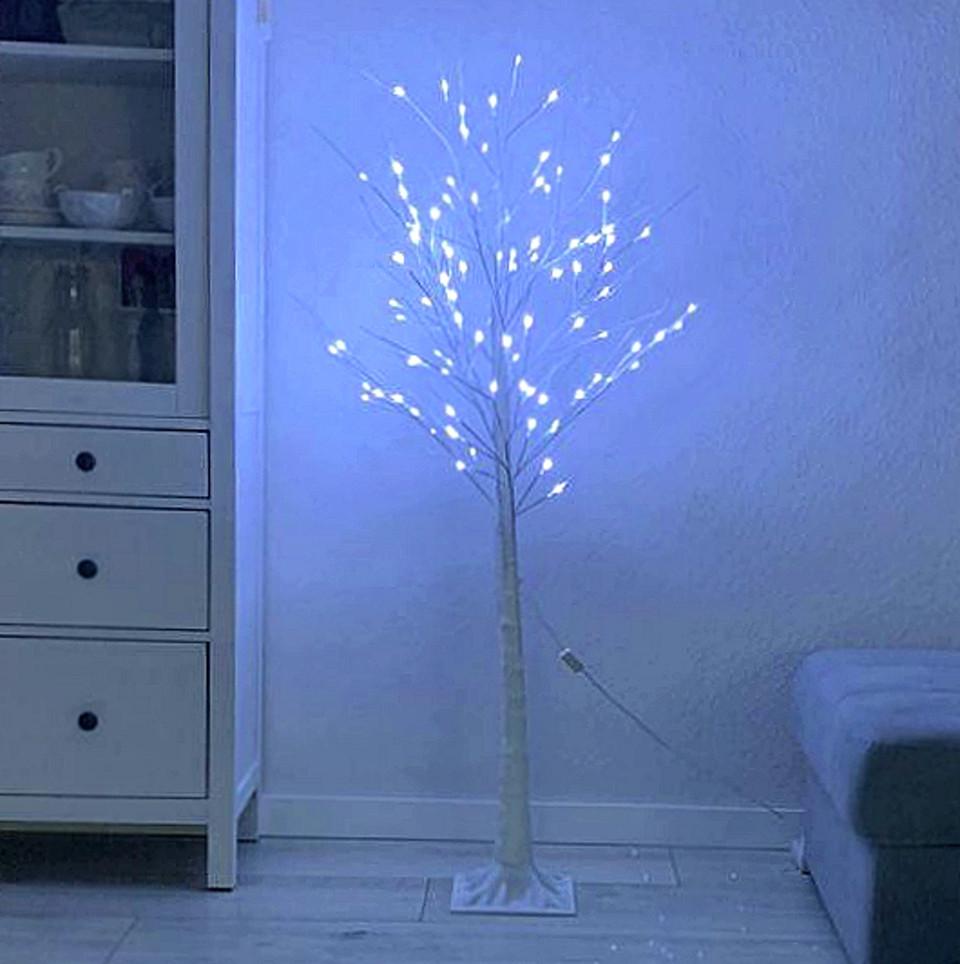 Светодиодное светящееся новогоднее белое дерево Береза 15W1 LED Декоративная гирлянда для украшения дома