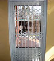 Решетки раздвижные на двери Шир.1130*Выс2200мм для дома, фото 1