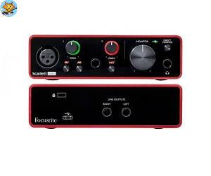 Аудиоинтерфейс Focusrite Scarlett Solo 3rd Gen USB 2/2
