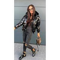 Лаковая куртка женская короткая зимняя 58510 черная