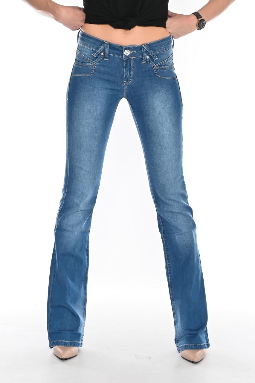 Джинсы женские OMAT 9945 клеш синие