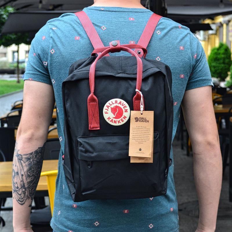 Стильный рюкзак Fjallraven Kanken чёрный/ Канкен портфель для школы и на каждый день