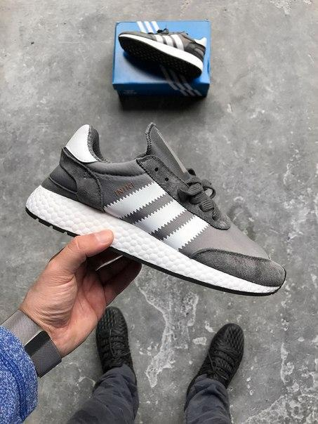 Мужские кроссовки Adidas Iniki Runner Boost Grey