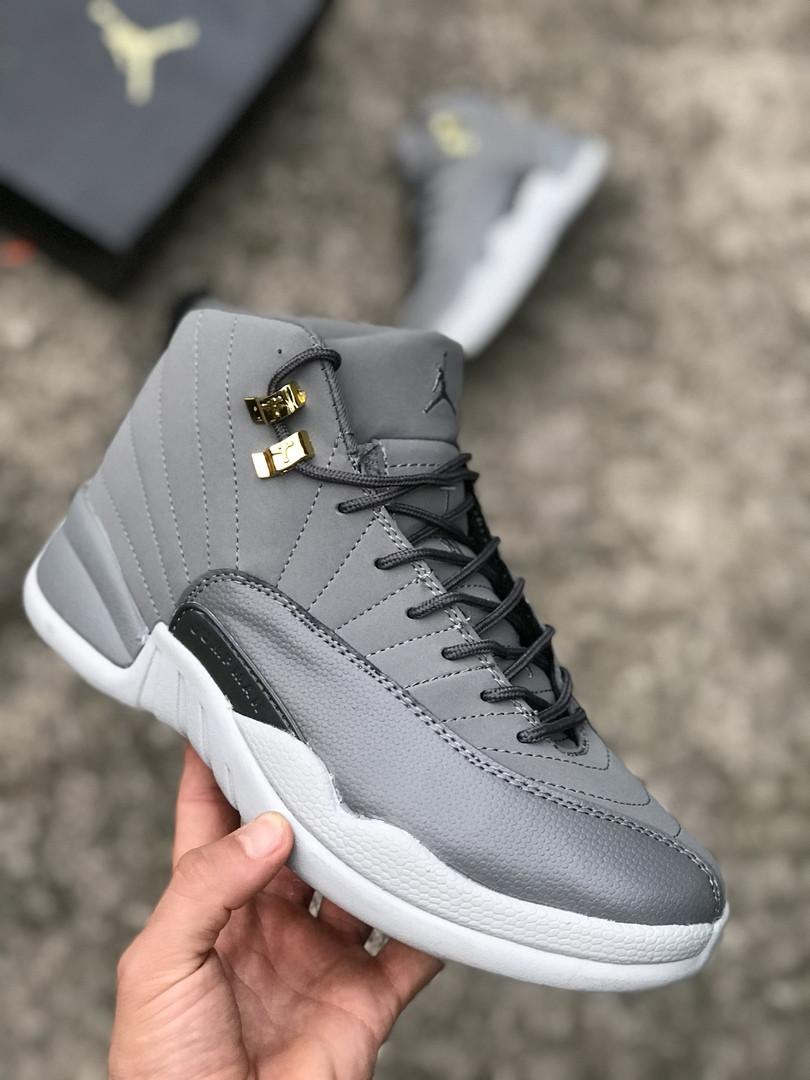 Мужские кроссовки Nike Air Jordan 12 серые. Размеры (41, 42, 43, 44, 45)