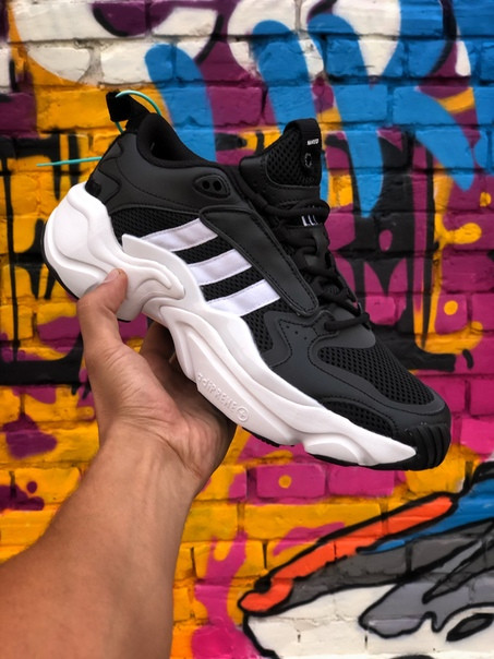 Мужские кроссовки Adidas Naked Magmur Runner. Размеры (42,43,45)