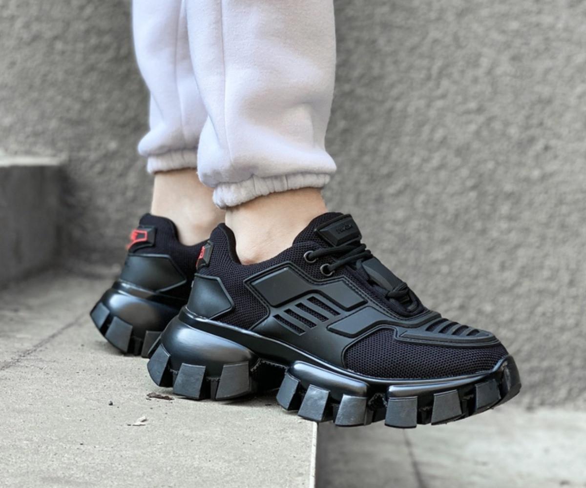Кросівки жіночі Prada Cloudbust Thunder Black розмір 38, 40, 41