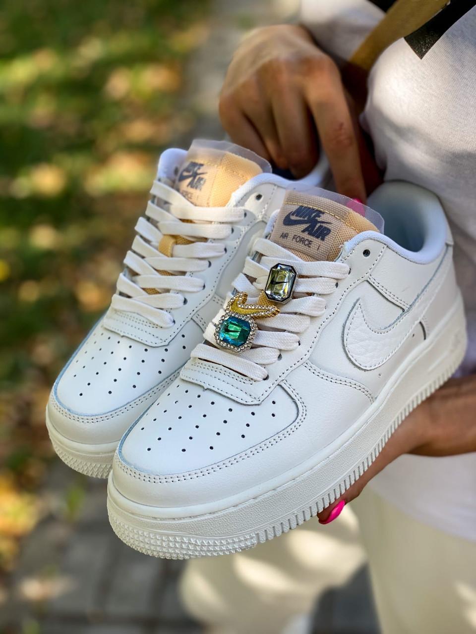Кроссовки женские Nike Air Force 1 White белые