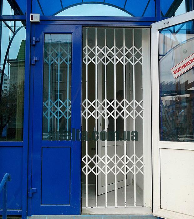 Решетка раздвижная на дверь Шир.1300*Выс2200мм для офисов